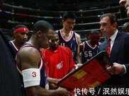 沒錢就去中國撈金而這些NBA球星真愛中國,韋德慈善之旅捐100萬