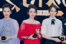 這些女星的紅裙造型特別驚豔,還不快把小紅裙加入購物車