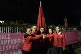 主辦方故意不懸掛中國國旗,並威脅中國隊員禁賽,中國隊霸氣退賽
