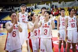 中國女籃有望崛起,亞洲冠軍遇國足式難題,許利親手打造新王朝