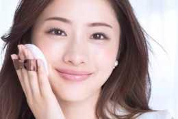 學習化妝的基礎知識,完美妝容刷一下就來,和手指化妝說再見