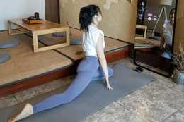 是鏡子也是健身教練,FITMORE智慧健身鏡讓臥室秒變健身房