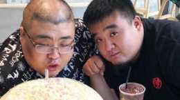 胖猴仔不想成下一個泡泡龍,吃小2000元帝王蟹減脂,代價太大了